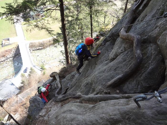 Klettersteig Zimmereben : ᐅ huterlaner klettersteig spannende tiefblicke im zillertal